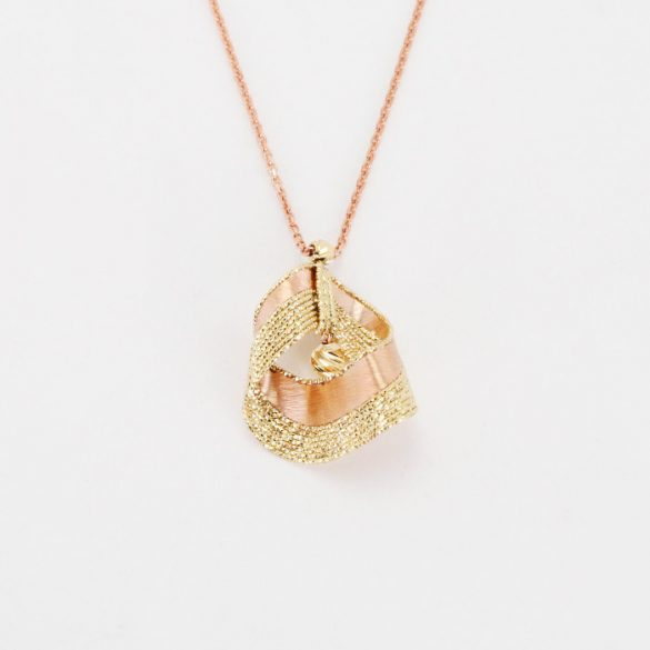 Arany, lézeres, gyémántvésett Nyaklánc medállal - 7094H