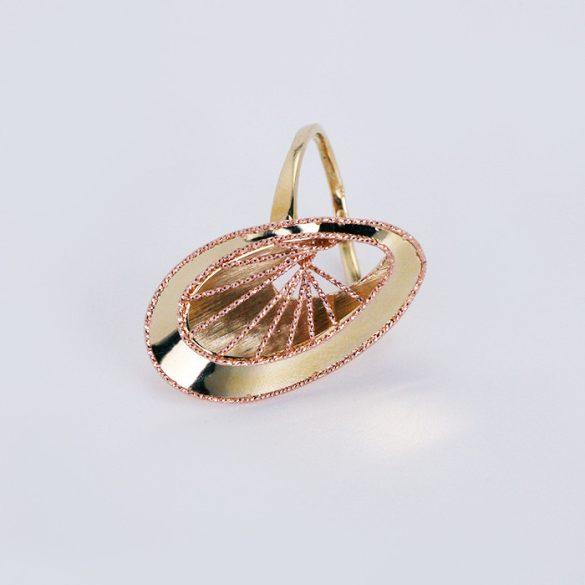 Arany, lézeres. Gyémántvésett gyűrű - 7251