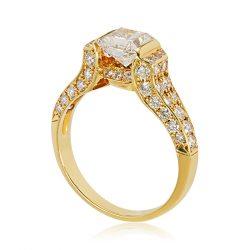 Arany Gyűrű Brillel